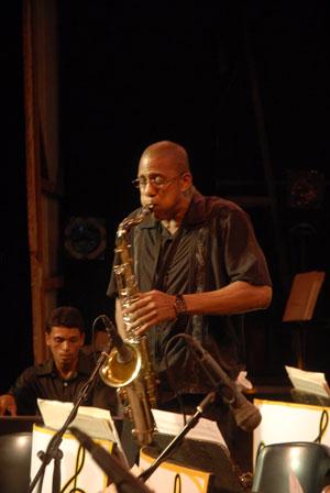 20110703200057-jazz-villa-clara.jpg