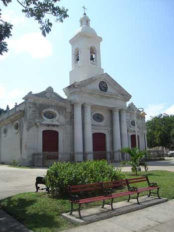 20110116050610-iglesia-parroquial-mayor-sa.jpg