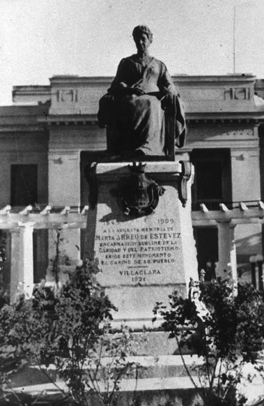20150423163628-marta-abreu-monumento.jpg
